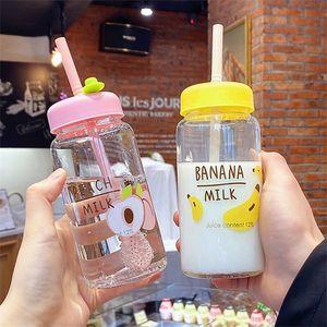 جديد kawaii الفراولة حليب الحليب زجاجة المياه مع القش لطيف الكرتون زجاجات مانعة للشرب زجاجات زجاجات زجاجية شفافة زجاجات المياه T200911