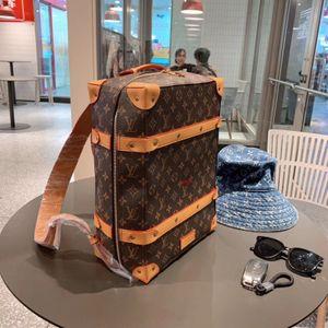 Vente de nouvelles marques de style M44752 SOFT COFFRE hommes de mode en cuir femmes de design de luxe sac à main Sacs livraison gratuite de haute qualité