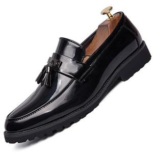 Hombres zapatos de vestir zapatos de boda Moda Italiana hombres elegantes Slip formal en la oficina de Oxford Negro Blanco