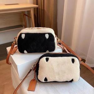 Sonbahar ve kış yeni tasarımcı büyük isimli bayanlar tek omuz haberci çantası vahşi fermuar mektup kadın parti çanta moda kadın çanta