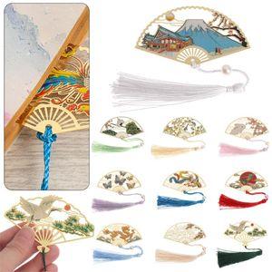 1pc rétro chinois pliing ventilateur design laiton marque-page marquée pognure pagination pagination marque papeterie bureau de bureau de bureau