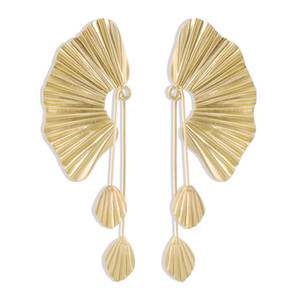 2020 fashion earrings European and American Exaggerated Oversized Fan-shaped designer earrings Leaf Long Retro stud earrings