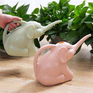 Sevimli Benzersiz Fil Buzağı Şekli Uzun Ağız Çiçek Sulama Can Garden Bitkiler Yağmurlama Pot Gadget Garden 3 Colours sZcL # Malzemeleri
