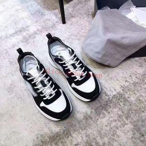Sneakers Clássico Presbyopia Carta de Couro Impressão dos Homens Sapatos Executivos Designer Casual Esportes Sapatos Homens Datando Artefato