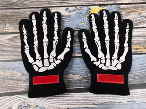 2020 Unisex Women e Mens Gloves Street New Fashion Winter Gloves Halloween Speciale Guanti da touch screen a maglia ad alta densità ad alta densa