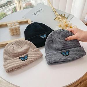 Beanie / черепные колпачки мода вязаные шапочки шляпа бабочка вышивка зима теплые лыжные шляпы черепочки мягкие эластичные шапки спортивные капоты мужчины женщины GIF