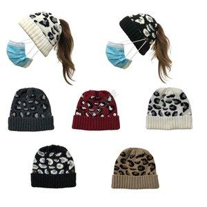 Yüz Maskesi Düğme Kafatası Cap Moda at kuyruğu Skullies Kask Kayak Spor Şapkalar D102703 ile Örgü Kadınlar Beanies Tasarımcı Hat ısıtın leopard