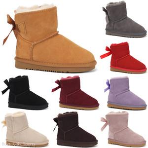 UGG Boots Hot neonata di modo del ragazzo dei capretti scarpe invernali caldi stivali morbidi Sole bottini Doposci infantili Newborn pattini della greppia 5 colori