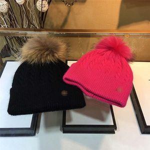 العلامة التجارية المرأة محبوك قبعات صوف 100٪ مصمم قبعات قبعة فراء ثعلب حقيقي الكرة بوم بوم القبعات فتاة الشتاء الجمجمة