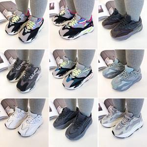 Neonati Scarpe per bambini Baby Toddler Run Sneakers Kanye West Yez 700 scarpe da corsa per bambini bambini bambini e ragazze Chaussures 35
