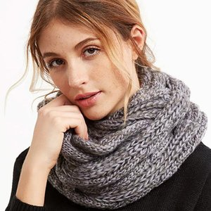 2021 New Fashion Snood Scarf Thick Knitted Winter Warm Women Ring Scarf Unisex Color Matching Soft Neck Loop Scarfs Circle Top
