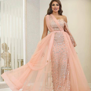2020 Arabic Aso Ebi Pink Sexy Lace Evening Dresses One Shoulder Prom Dresses Long Sleeve Formal Party Second Reception Gowns ZJ928