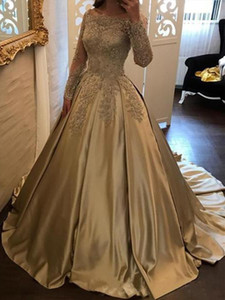 Gold Prom Dresses Off Shoulder Party Dresses Sexy A-line Lace Muslim Hijab Long Sleeves Burgundy Evening Dress