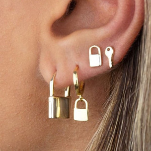 유럽과 미국의 새로운 귀걸이, 복고풍 성격 세트, 키 잠금 귀걸이, 펑크 스타일의 네 조각 잠금 귀걸이