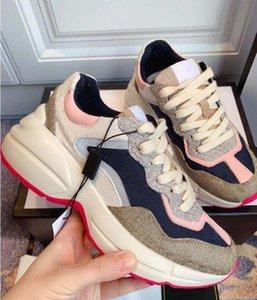 2021 zapatos de diseñador Rhyton Sneakers Beige Men Trainers Vintage Luxury Chaussures Zapatos de mujer zapatillas de deporte con caja