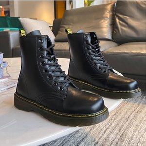 qpM6V Lovers Frauen Art und Weise ins Lovers solesPlush Stiefel mit dicken Sohlen kühlen britischen Stil Herbst Winter 2020 neuen schwarzen Plüsch-Stiefel mit thi