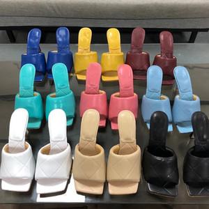 Lüks Kadın Tasarımcı Çevirme Flop Nappa Dream Square Toe Sandal Streç Sandalet Bayanlar Lüks Rahat Terlik Düğün Kadın Yüksek Topuklu 35-42wi