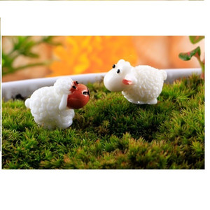Free shipping wholesale lovely mini toys cake toppers capsule toys sheep