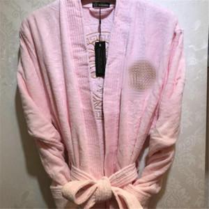 Classique Broderie Hommes Femmes Peignoir Trendy à manches longues unisexe Marque 6 Couleurs de nuit Soft Touch amant Nightgown