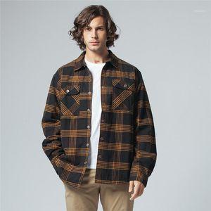 2020 Fall Winter Men Flannel Plaid Shirt Cotton-padded Thermal Shirts Mens Sports Shirts Camisa Cuadros USA Plus Size M-2XL1