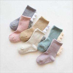 Kids Socks Winter Coral Fleece Socks Dinosaur Cartoon Stockings Thick Warm Indoor Floor Glue Antiskid Baby Kids Clothing SEA GWC5002
