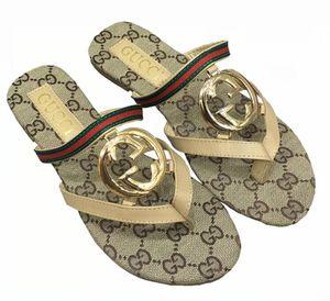 998 Sommer-Leder Frauen Sandalen Strand Cork Hausschuhe beiläufige Doppelschnalle Clogs Slides Frauen Beleg auf Flip Flop Schuhe Size35-42 freies Verschiffen
