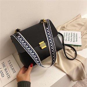 Women Handbag New Design Fashion Lady Messenger Bag High Quality PU Women Shoulder Bag Metal Buckle Girl Lipstick Bags Party