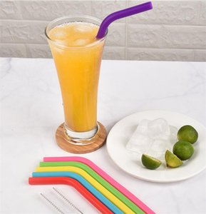 8pcs lot Food Grade Silicone Drinking Straws Reusable Silicone Bent Straws Set with Two Brushes Recycling Silicone Cocktail Straws CCE2124