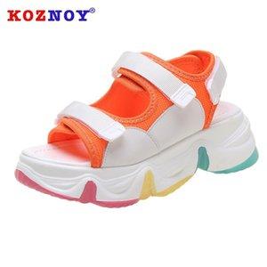 Koznoy Kadınlar Sandalet Seksi Açık Toed Hollow Çıkan Kadınlar Sandalet 2020 Kama Açık Soğuk Platformu Ayakkabı Plaj Yaz Ayakkabı