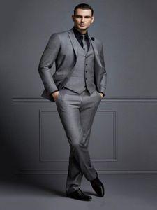 2021 New Design Custom made Handsome Formal Tailcoat Groom Tuxedos Peaked Lapel Business wears Groomsman suits (Jacket+Pants+vest)