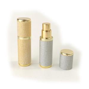 Couro Exquisite 5ml mini portáteis Perfume recarregáveis Atomizador Frascos do pulverizador Garrafas vazias frascos de cosméticos recipientes de vidro Inner DWF2403