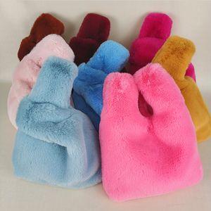 Estelle Wang beiläufige Tote-Pelz-Top-Griff Taschen Mode Frauen-Winter-Soft-Pocke Samll Handtasche Warm Clutch-Süßigkeit-Farben-Beutel-Q1106