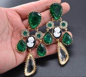 Hot Sale New Fashion Baroque Vintage Free Shipping Long Crystal Earrings Gold Silver Color Green Dangles Earrings for Women Stone