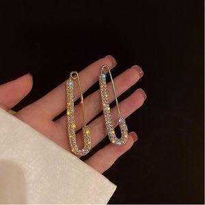Hot-selling diamond-encrusted wild geometric brooch Korea niche design simple pin fashion net celebrity same style temperament trendy access