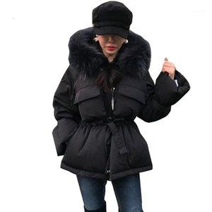 Женщины женские пальто женские Parker толстые короткие кружева женщины зимняя куртка черная мода теплый хлопок стеганый шерсть меховой воротник H221