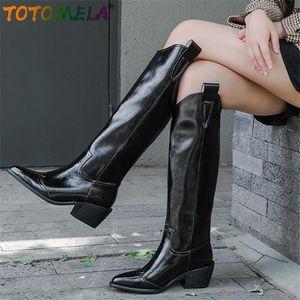 Ботинки Totomela 2021 старинные натуральные кожаные ковбойские западные женщины повседневная обувь заостренный носок мода прохладное колено