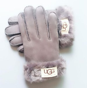European and American designer brand windproof leather gloves lady touch screen rex rabbit fur mouth winter heat preservation wind style out