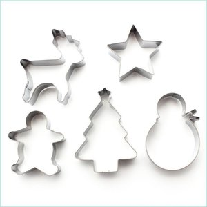 5pcs Set Christmas Cookie Moulds Stainless Steel Mold Cake Mold Baking Tool Set Baking Moulds Gadget XD24095