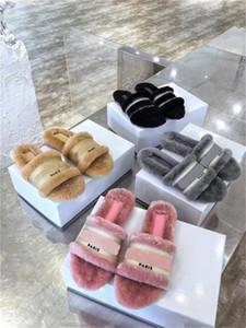 2020 femmes d'automne de haute qualité pantoufles en laine cuir plat mode rose demi pantoufles lumière de la mode de haute qualité et confortable DIOR 05