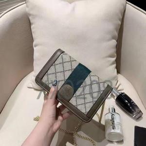 Diseño del diseñador Bolso de cadena de marca de alta calidad, bolso inclinado de la cartera, de moda y versátil, tamaño: 18 cm * 11 cm.