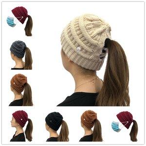 Женщины Трикотажные хвостик Hat Зимние теплые шапочки Шапочки взрослых Пуловеры Cap лыжные шапки волос Headgear Ear Muff кнопка маска кнопки шляпа F101604