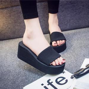 신발 슬리퍼 여성 여름 Pantofle 저 탄성 밴드 슬라이드 플랫폼 셰일 여자 비치 2020 사 보트 고무 PU 로마 패브릭 기본