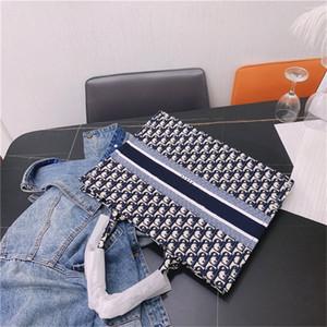 2020 сумки Кожаная сумка Флип крышка плеча сумки бумажник Totes Креста тела Рюкзак Стиль DIOR ранцы Высокое качество d2