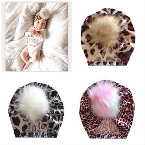 13 Farben Neugeborenes Baby-Hüte Abbindebatik Leopard Velvet Haar Ball Caps Kinder Pompom Caps Baby Slouchy Beanies Kleinkind Kleinkinder Geschenke M2919