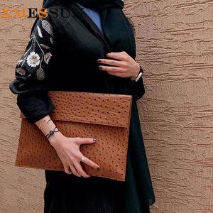 XMESSUN Чехол Soft Laptop Sleeve страуса Кожа женщин сцепления сумка 2020 Новый Модный Macbook Pro Air Notebook Cover Q1116