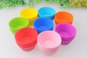 New Fashion 7cm Round Shape Silicone Muffin Cases Cake Cupcake Liner Baking Mold 7colors Choose Freely