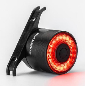 ROCKBROS BICICLE TAIL LIGHT MTB MTB Bike Noche Ciclismo Luz trasera Sensor de freno inteligente Luz de advertencia Impermeable Accesorios de bicicleta
