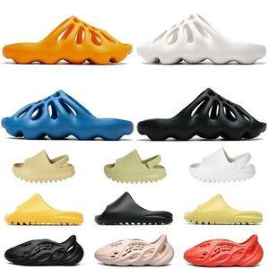 Top 2020 Best Quality Kanye West Kids Foam Runner 450 Slipper Bone Desert Women Men Sandals Fashion Trainers Pantoufle Slides Sandals