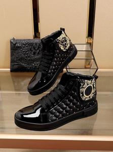 Kış erkek rahat ayakkabılar, yüksek top asil moda erkek siyah ve beyaz perçin trendy kaymaz boyutu 38-45
