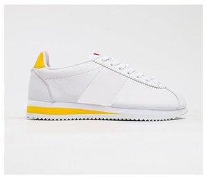 2021 Best-Selling Best New Cortez Shoes Hombre Para Mujer Zapatos Casuales Zapatillas De Zapatillas De Zapatillas De Cuero Barato Cortez Ultra Moire Zapatos Para Caminar